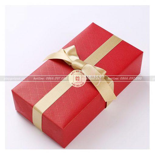 Giấy gói quà cao cấp hình thoi
