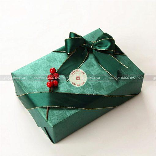 Các mẫu giấy gói quà sang trọng và độc đáo nhất
