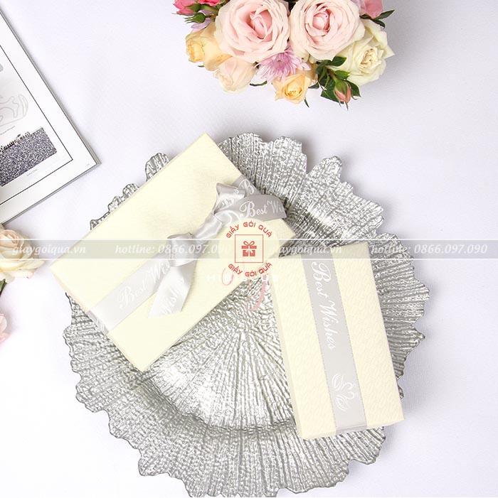 Giấy gói quà cao cấp họa tiết len đan