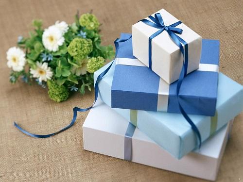 TOP 2 Cách gói quà sinh nhật Đẹp và Độc Đáo dễ làm nhất