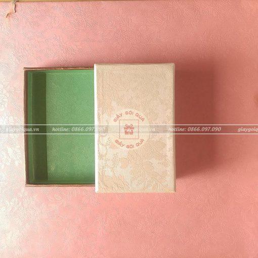 Giấy gói quà cao cấp vân hoa nổi - CC21