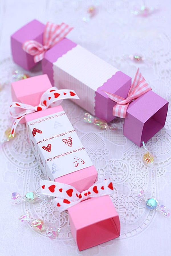 Một số mẫu giấy gói quà hình kẹo đẹp và ấn tượng