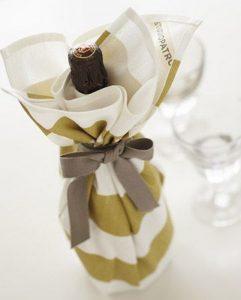 Các mẫu giấy gói rượu Độc Đáo và Lạ Mắt