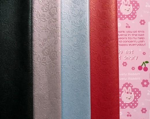 Các mẫu giấy gói quà gân nổi độc đáo và mới lạ cho hộp quà