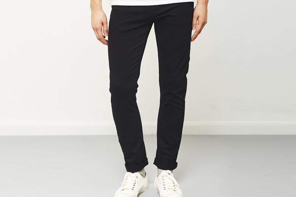 Quần jeans, quần kaki làm quà cho anh người yêu
