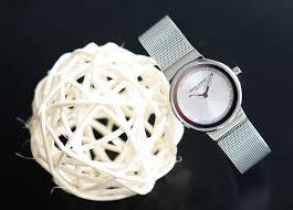 Đồng hồ cao cấp - tôn lên vẻ quý phái