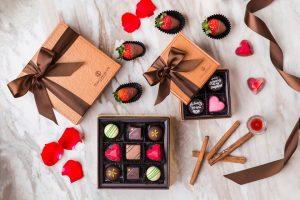 Những món quà valentine cho bạn gái năm 2020