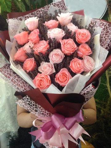 Cách tặng hoa ngày Valentine đẹp và ấn tượng nhất