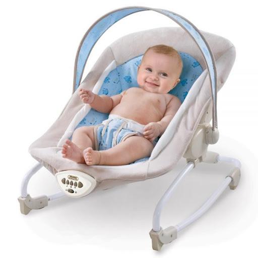 Ghế rung món quà tặng em bé mới sinh tuyệt nhất