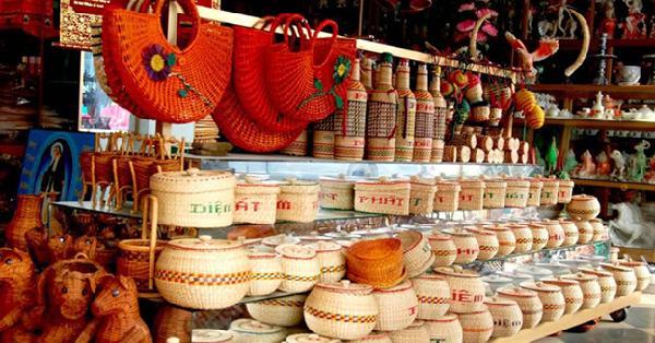 Khám phá 10 món quà tặng khách nước ngoài được yêu thích nhất
